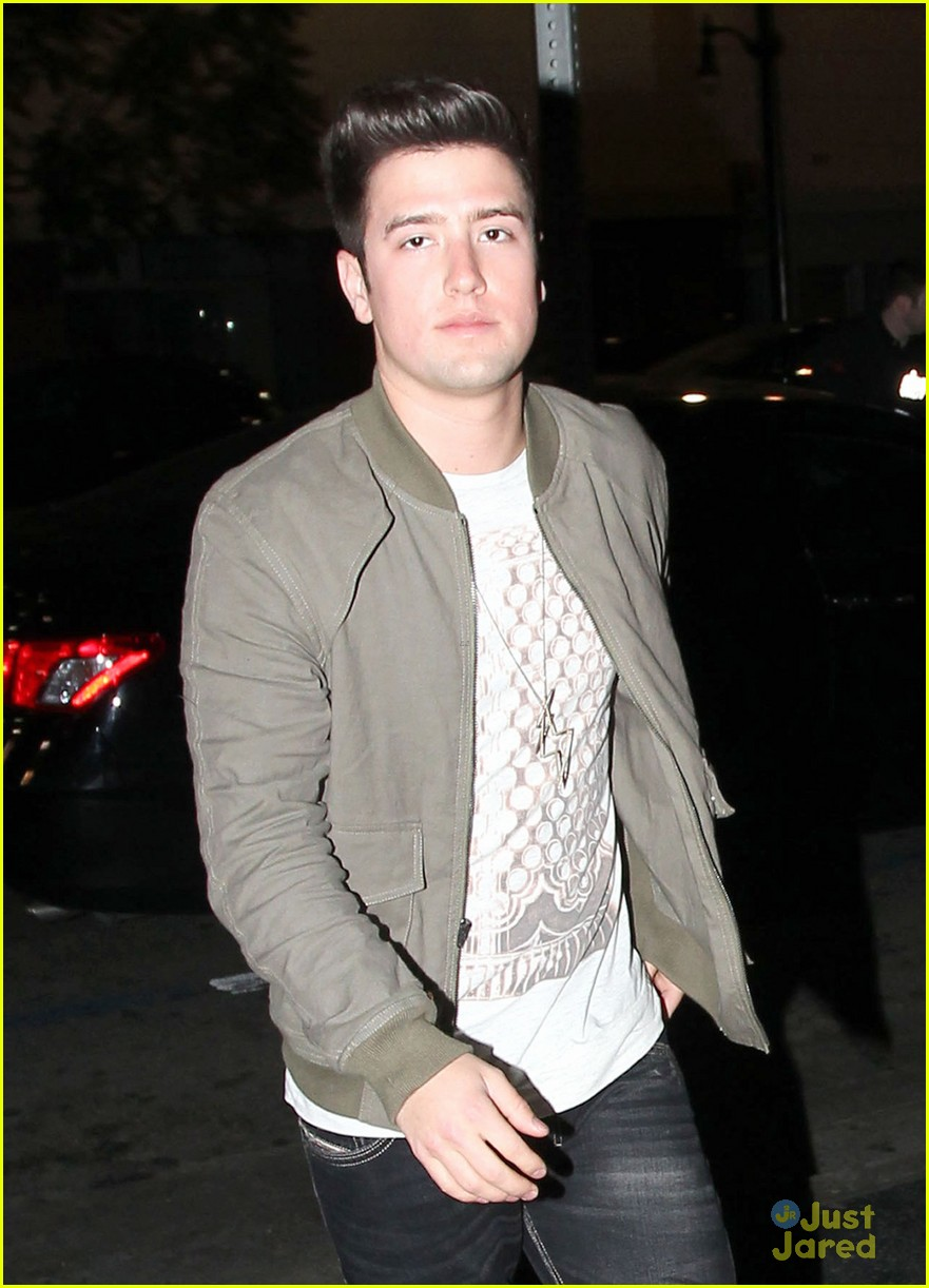 logan henderson dating Would logan henderson date you take this quiz to find out take this quiz do you wear a lot of makeup what kind of personality do you have do you sing which of these best describes you.