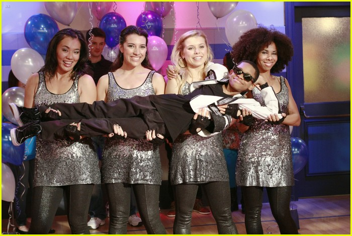lab rats school dance 02