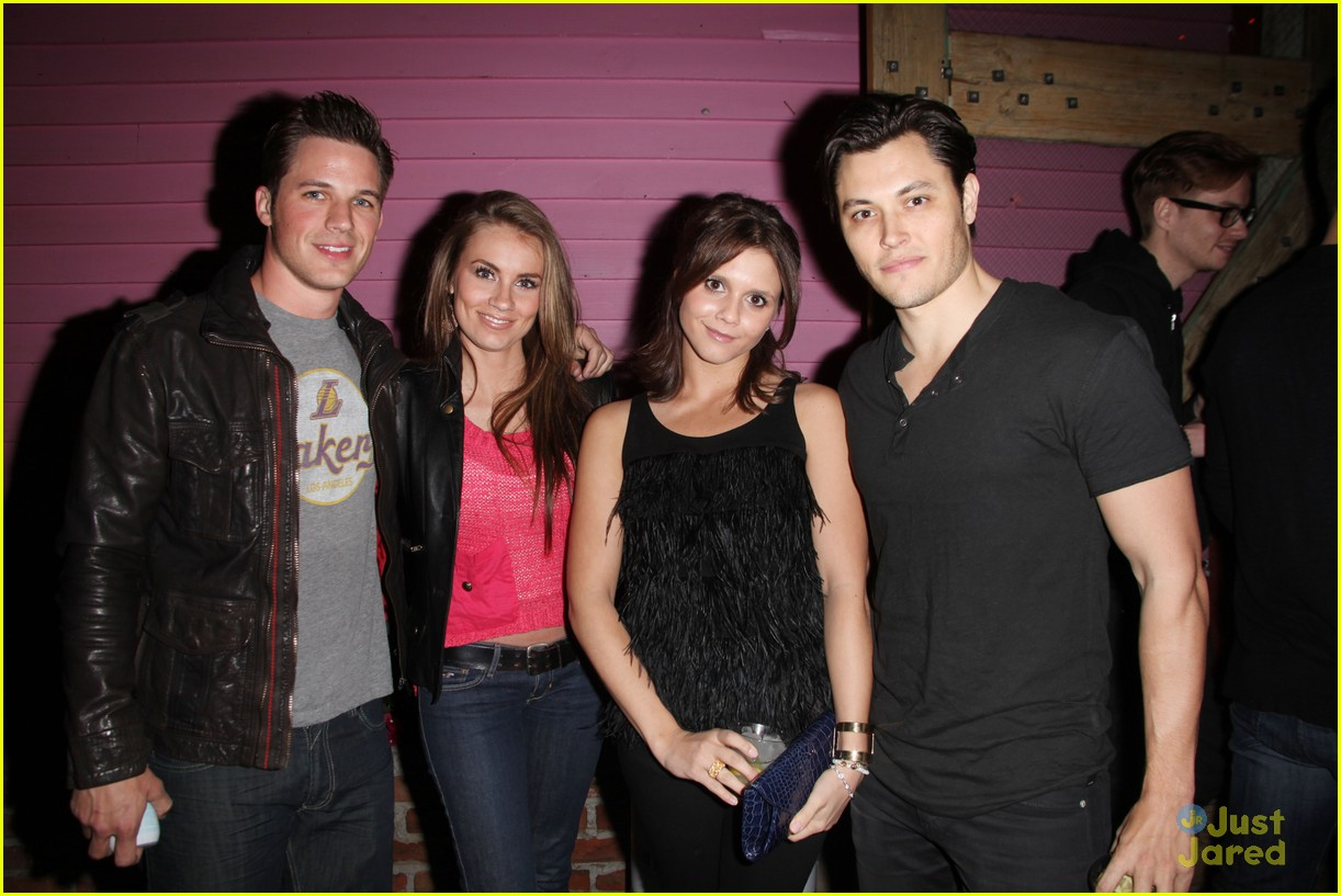 shenae grimes matt lanter jj party 05