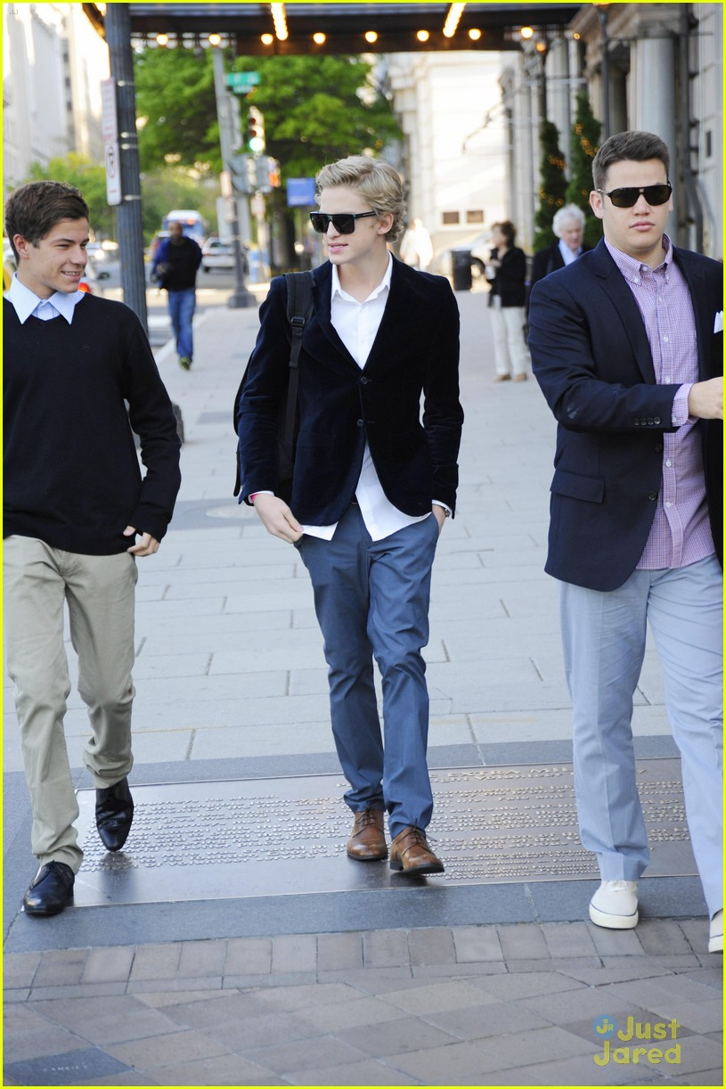 cody simpson white house 04