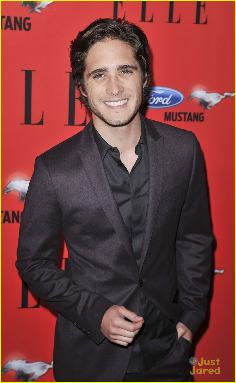 diego boneta women music elle 01