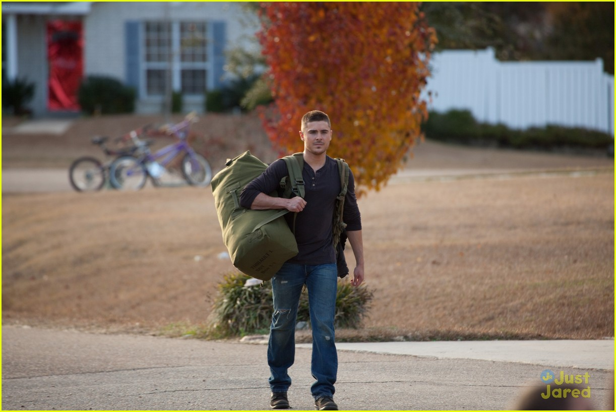 the lucky one stills 07