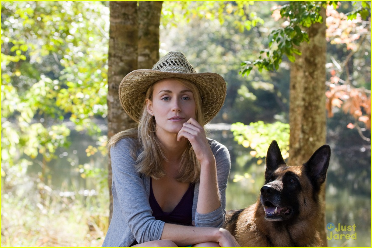 the lucky one stills 15