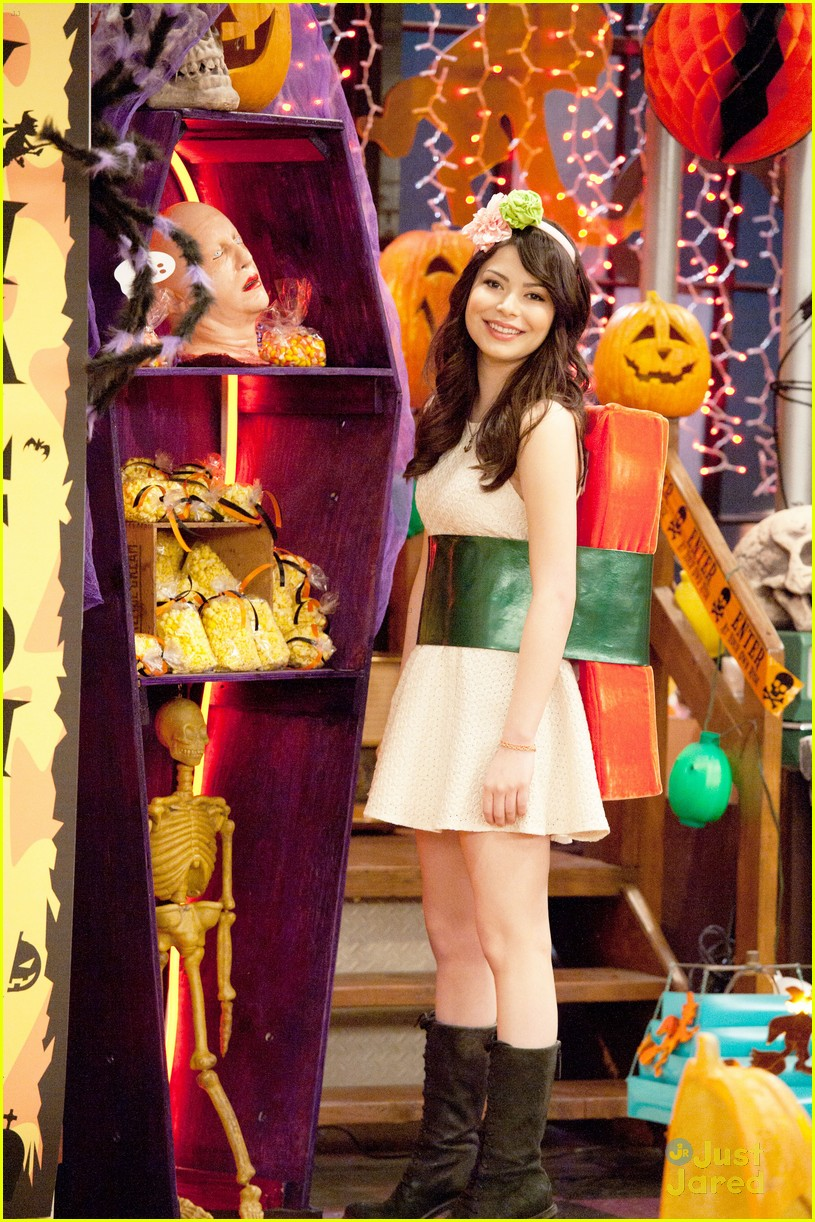 icarly happy halfoween 02 Halloween Head