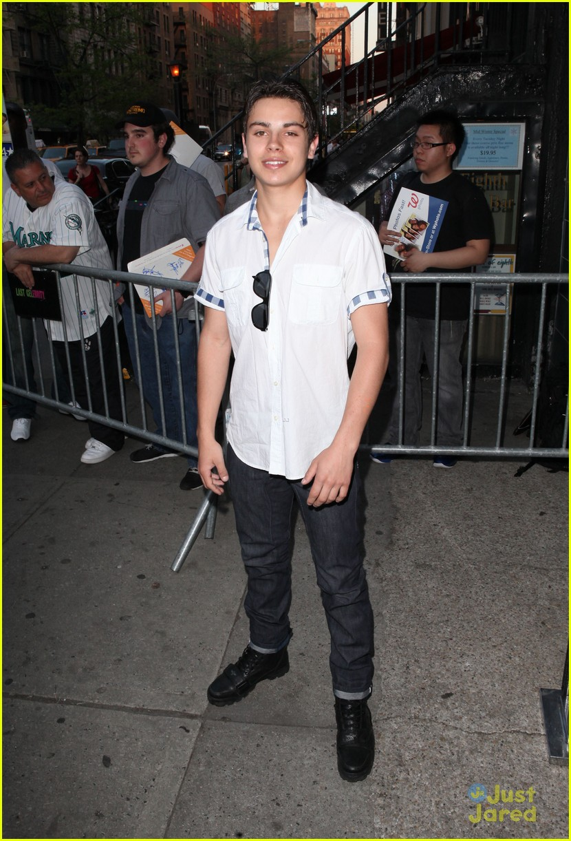 jake t austin lucky safe 07
