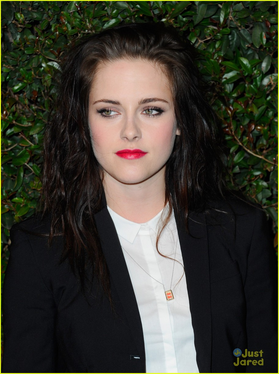 kristen stewart mccartney valentine 04