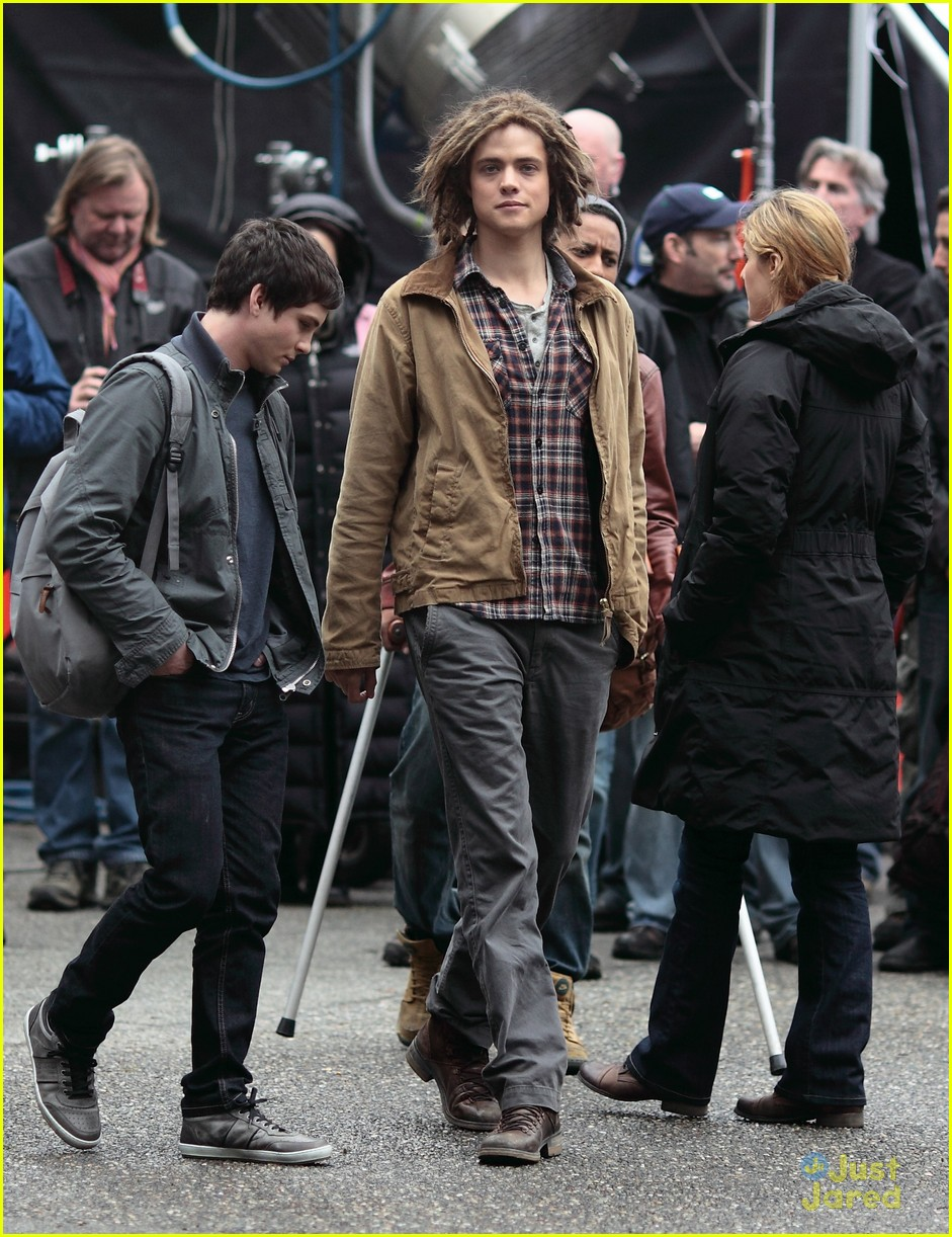 logan lerman faces monsters set 09