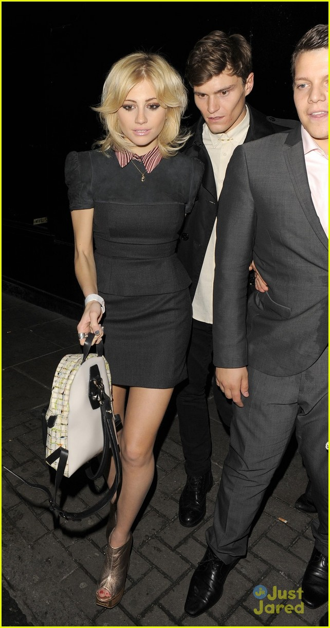 pixie lott oliver cheshire party 01
