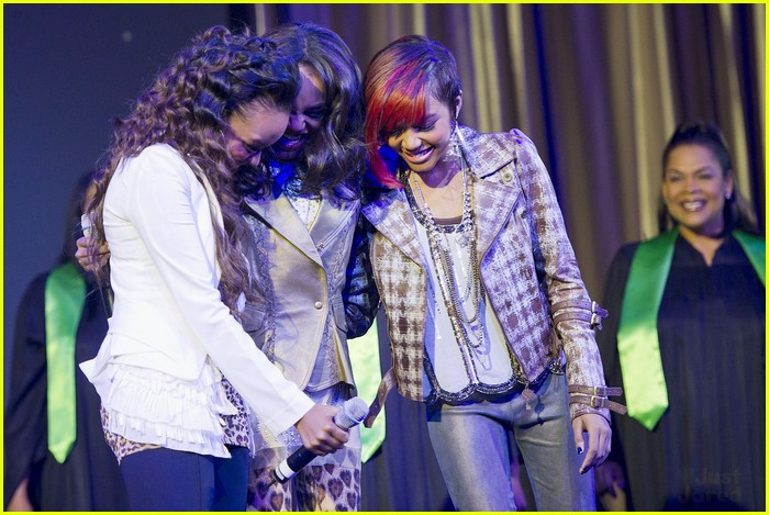 china mcclain sisters rise chimpanzee 06