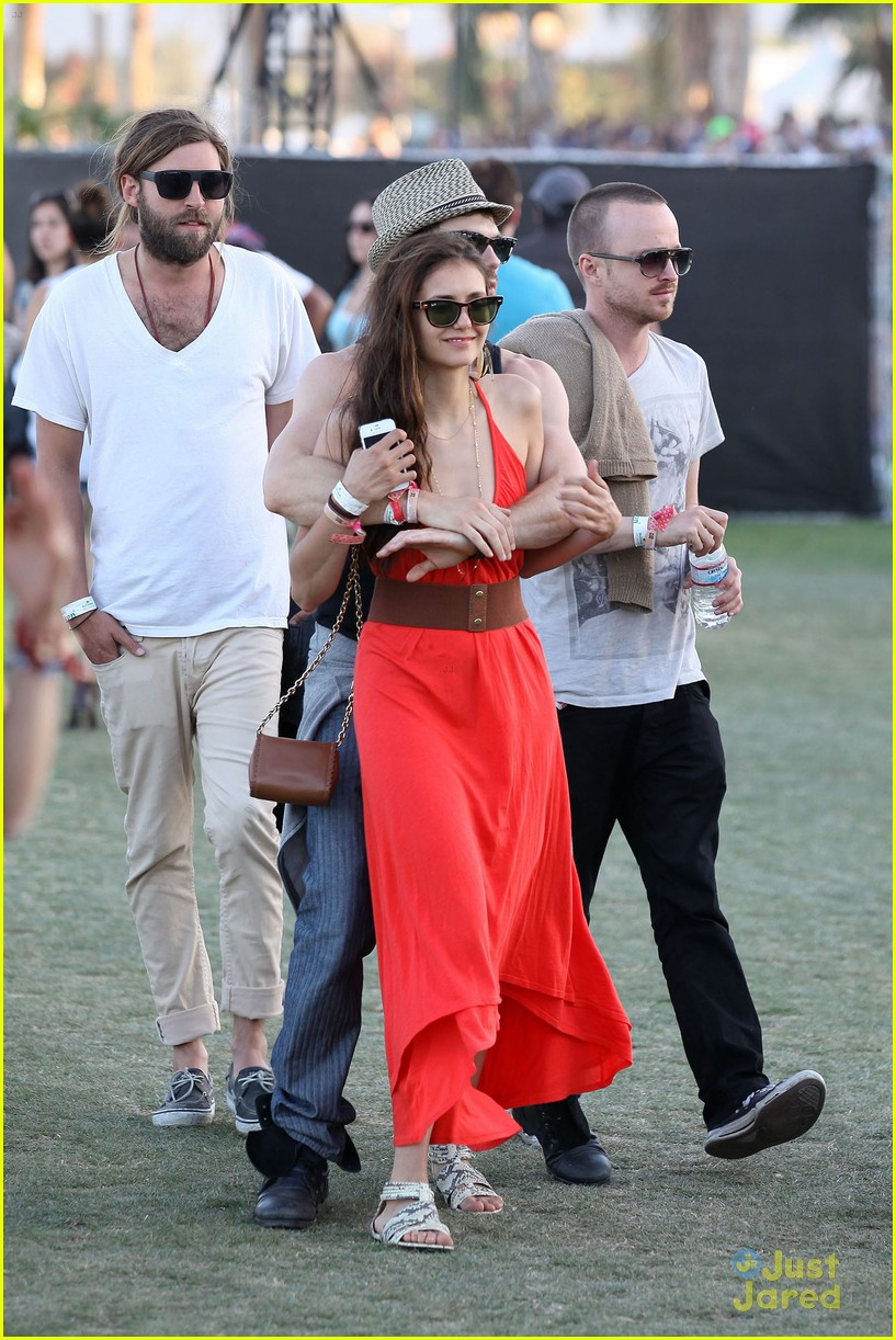 nina dobrev ian somerhalder red dress 13