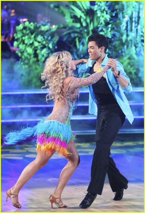 roshon chelsie tropical dwts 07