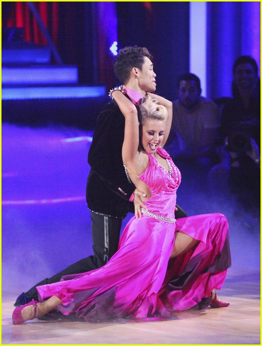 roshon fegan chelsie hightower viennese waltz 06
