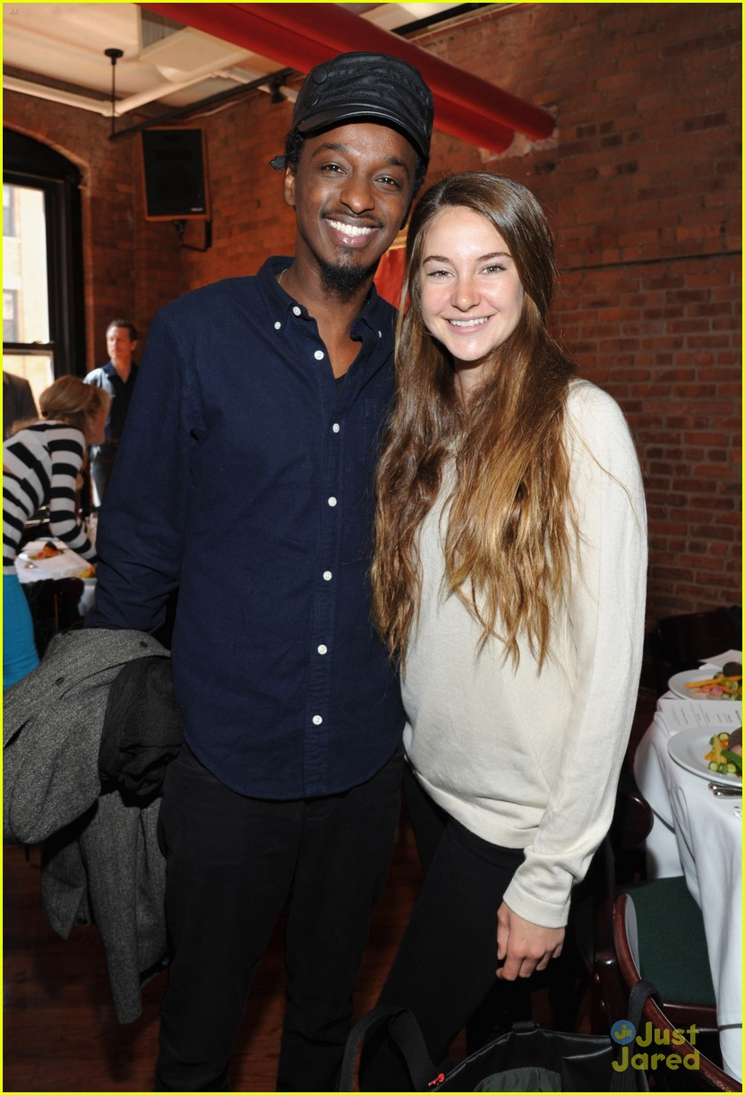 shailene woodley jury lunch 01