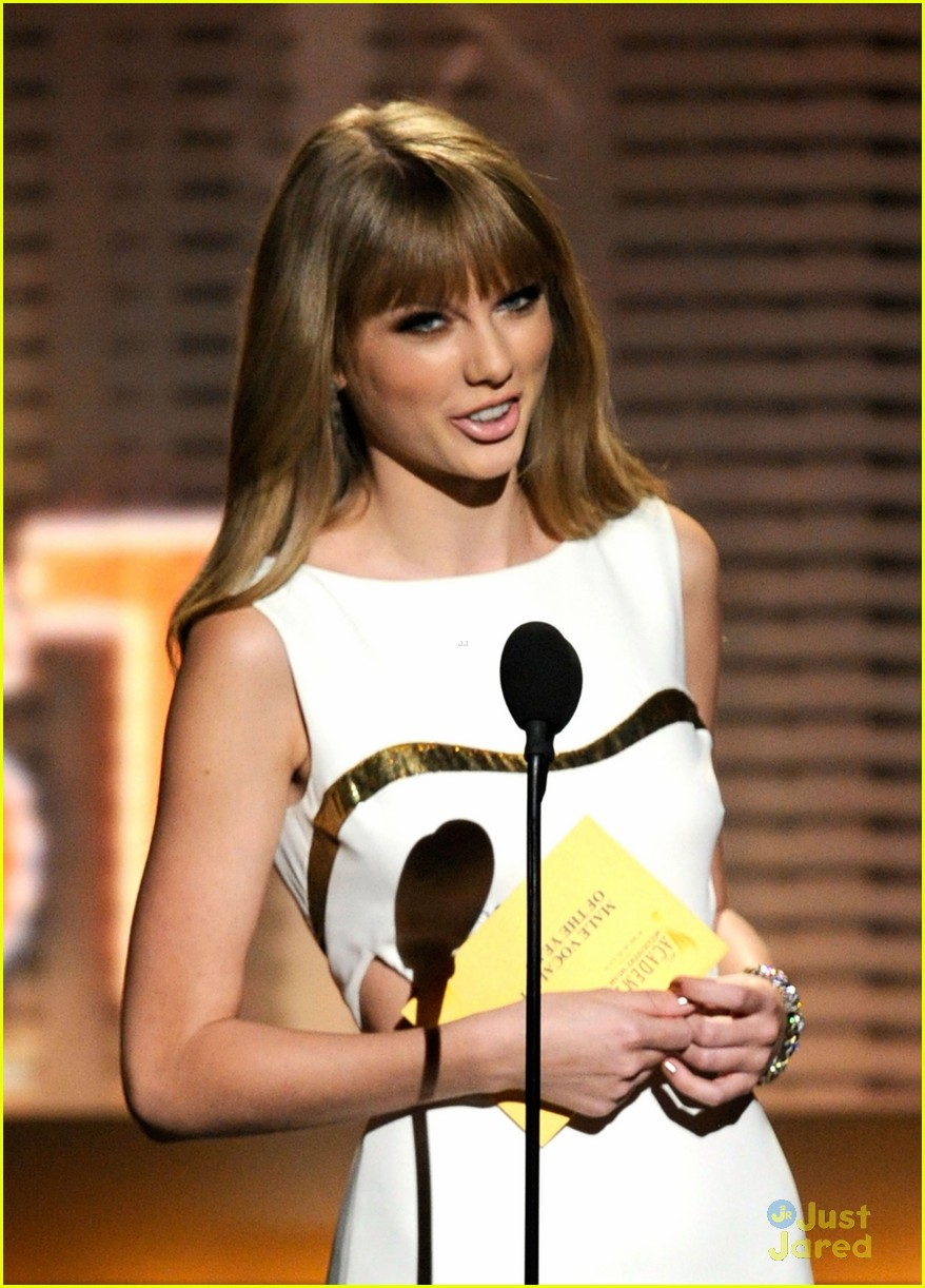 taylor swift entertainer year acms 07