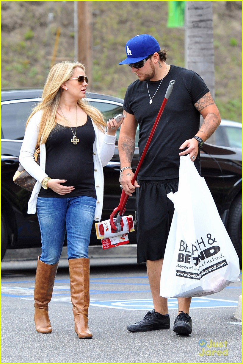 tiffany thornton bbb shopping 05