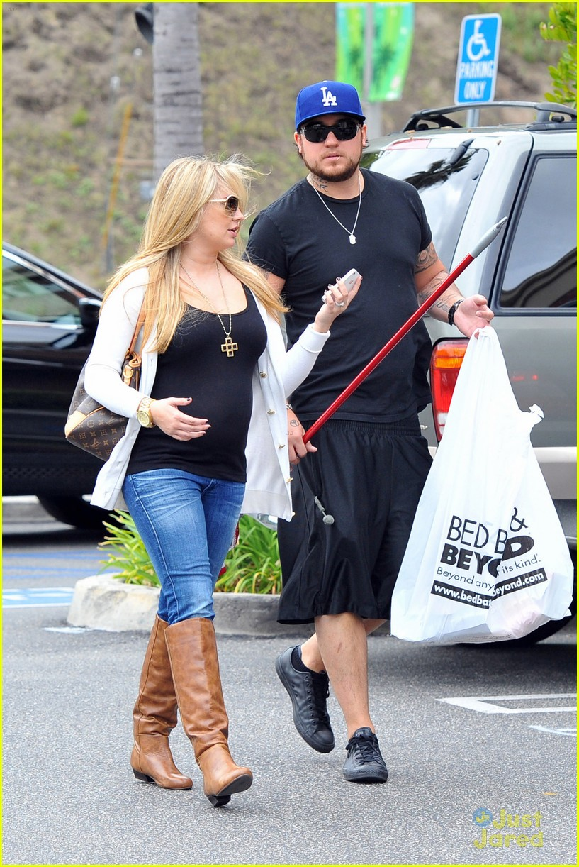tiffany thornton bbb shopping 09