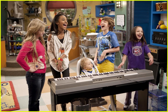 zendaya ant farm s2 03