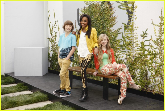 zendaya ant farm s2 14
