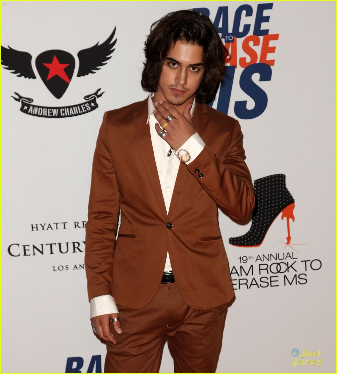 avan jogia zoey deutch race ms 08