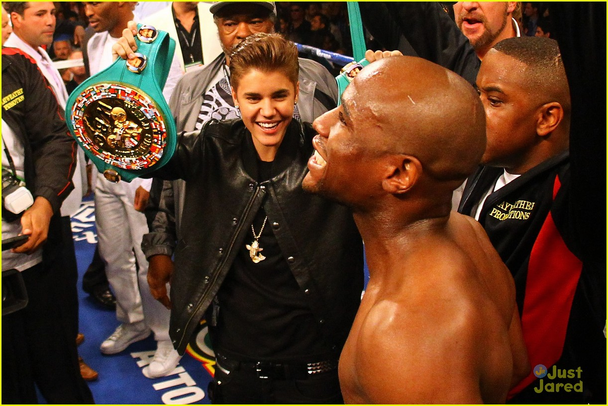 justin bieber floyd mayweather fight 02