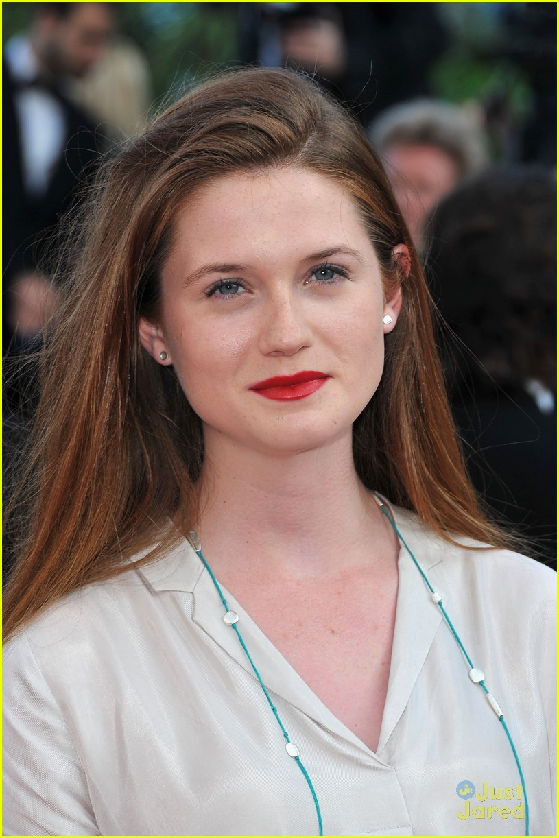 bonnie wright mud premiere cannes 05