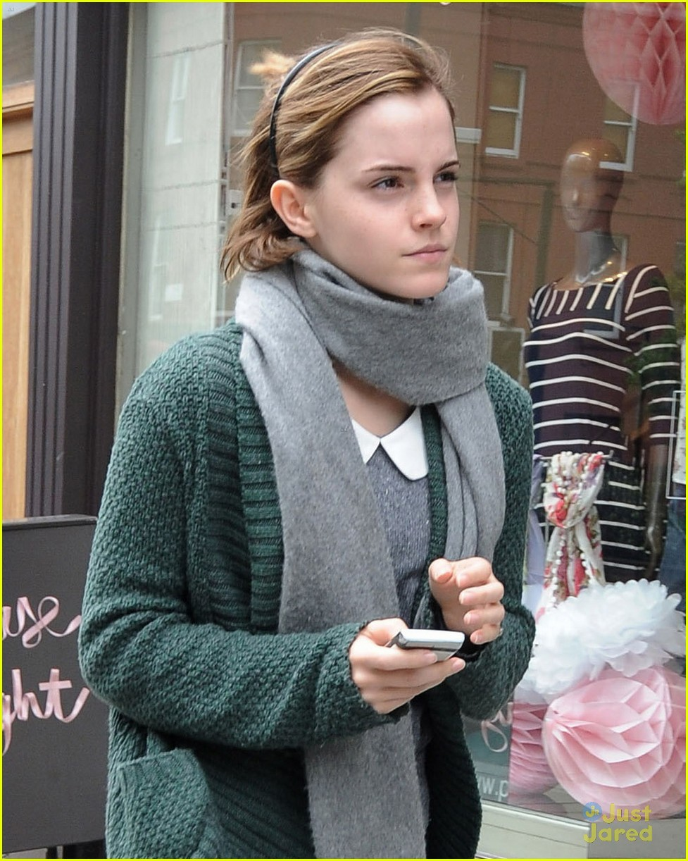 emma watson london shopping 04