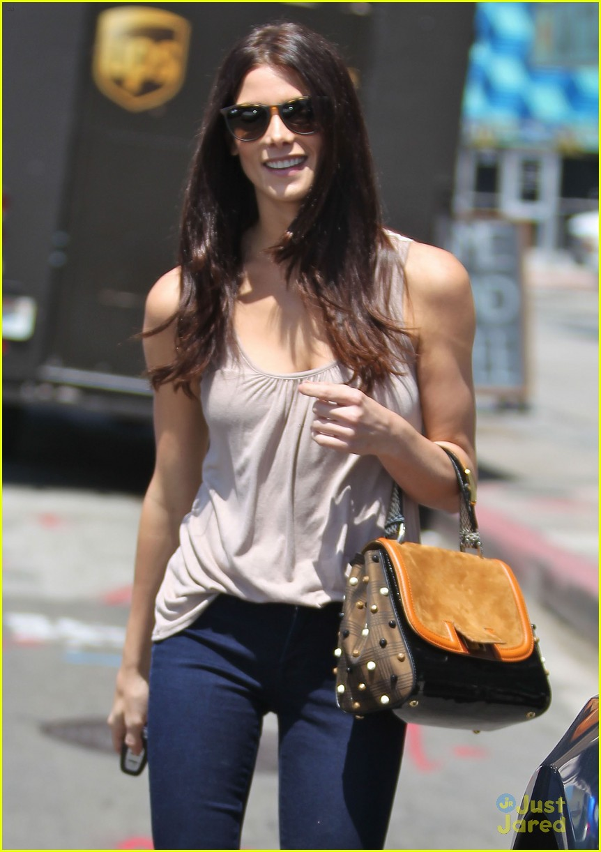 ashley greene wednesday workout 04