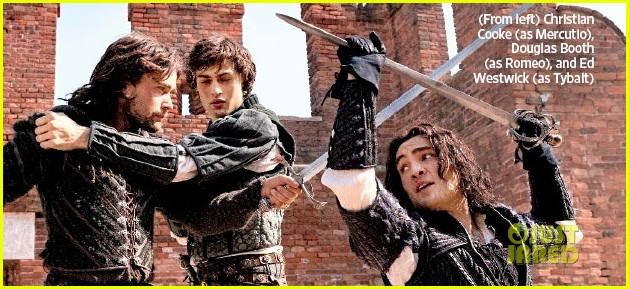 hailee steinfeld douglas booth romeo juliet first look 04