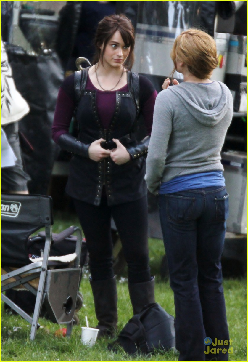 jake abel leven rambin percy set 12