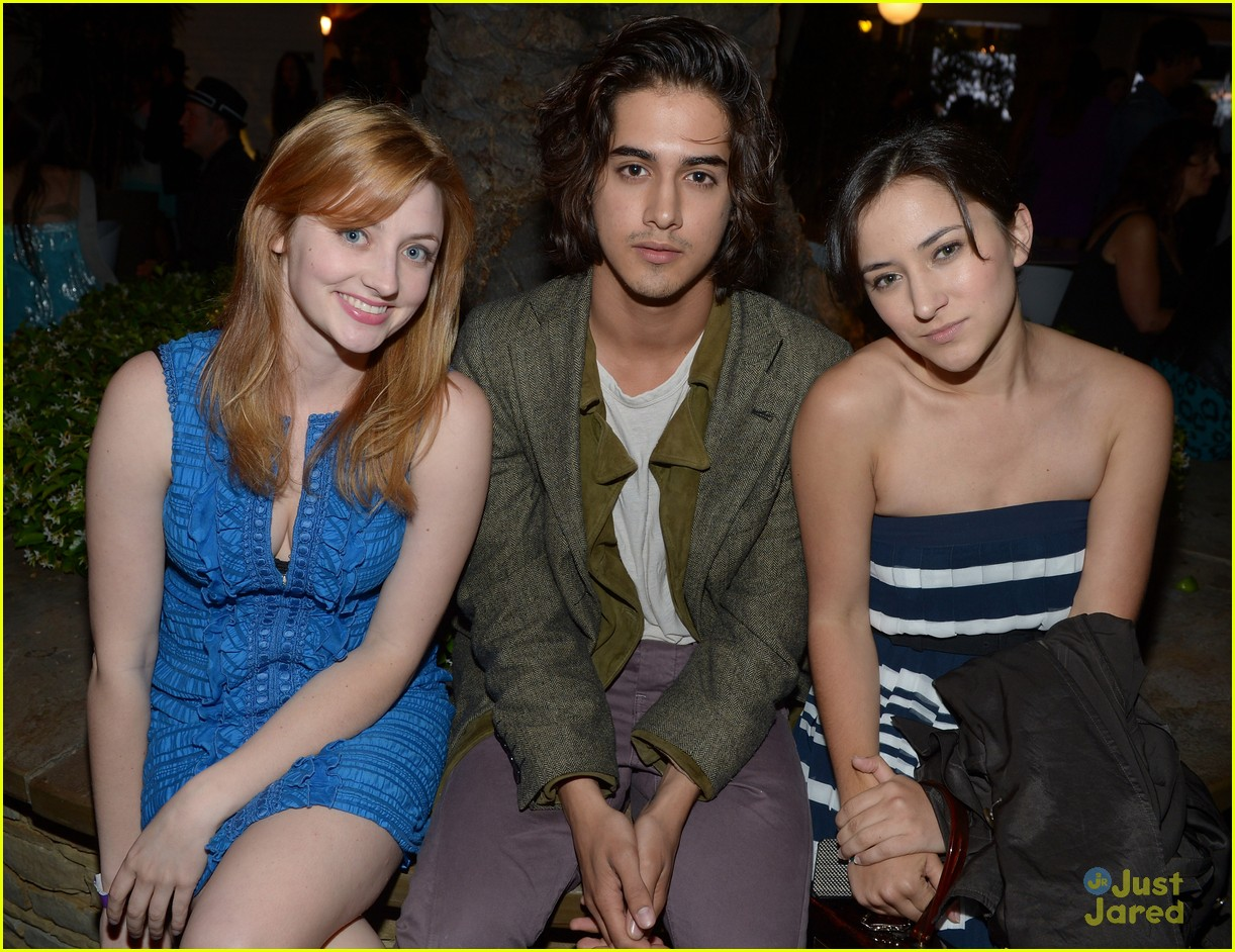 halston james avan nylon party 09