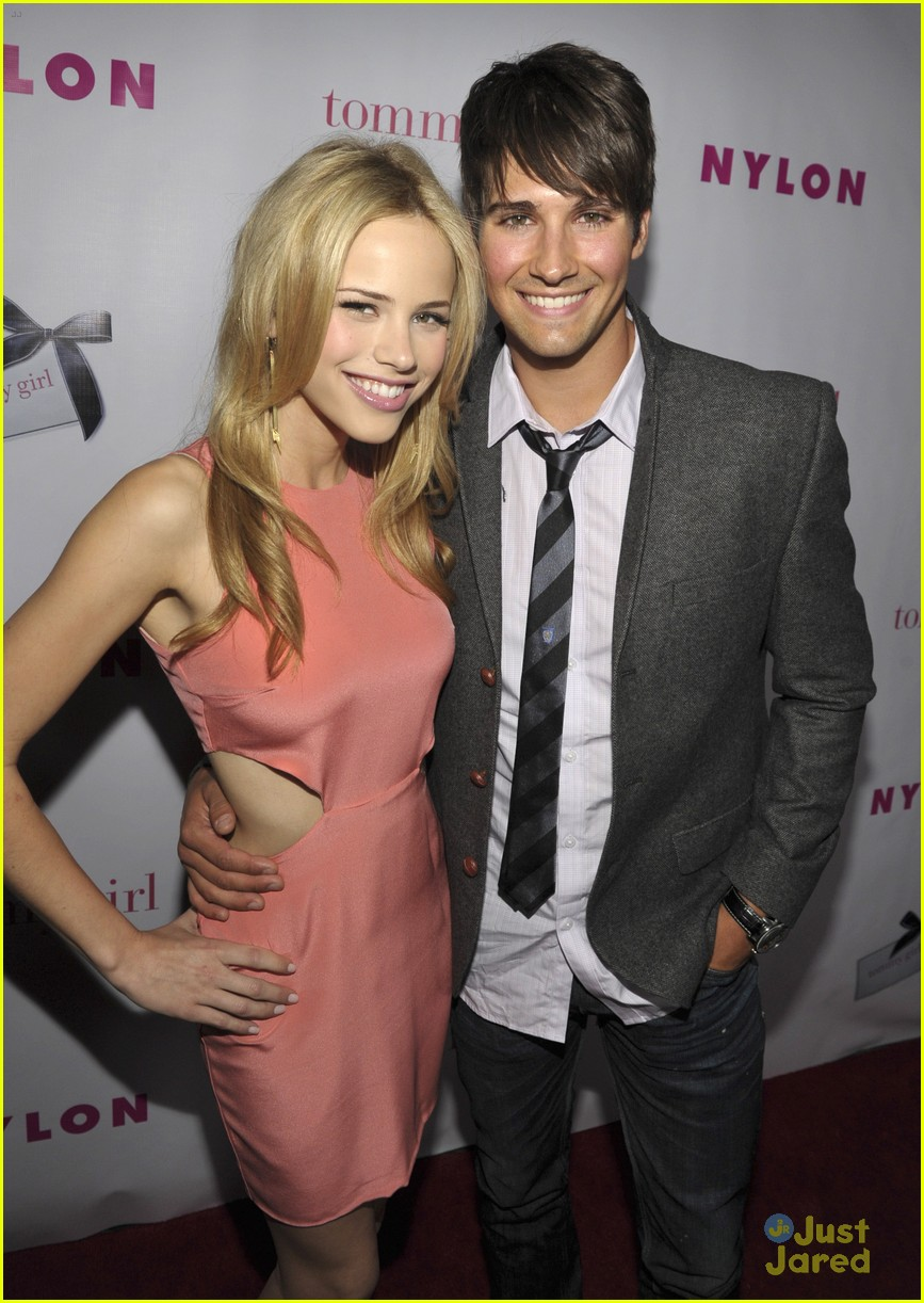Halston Sage Biography - Affair In Relation Nationality Net Worth Height