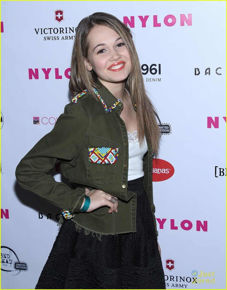 jennifer stone kelli berglund nylon 10
