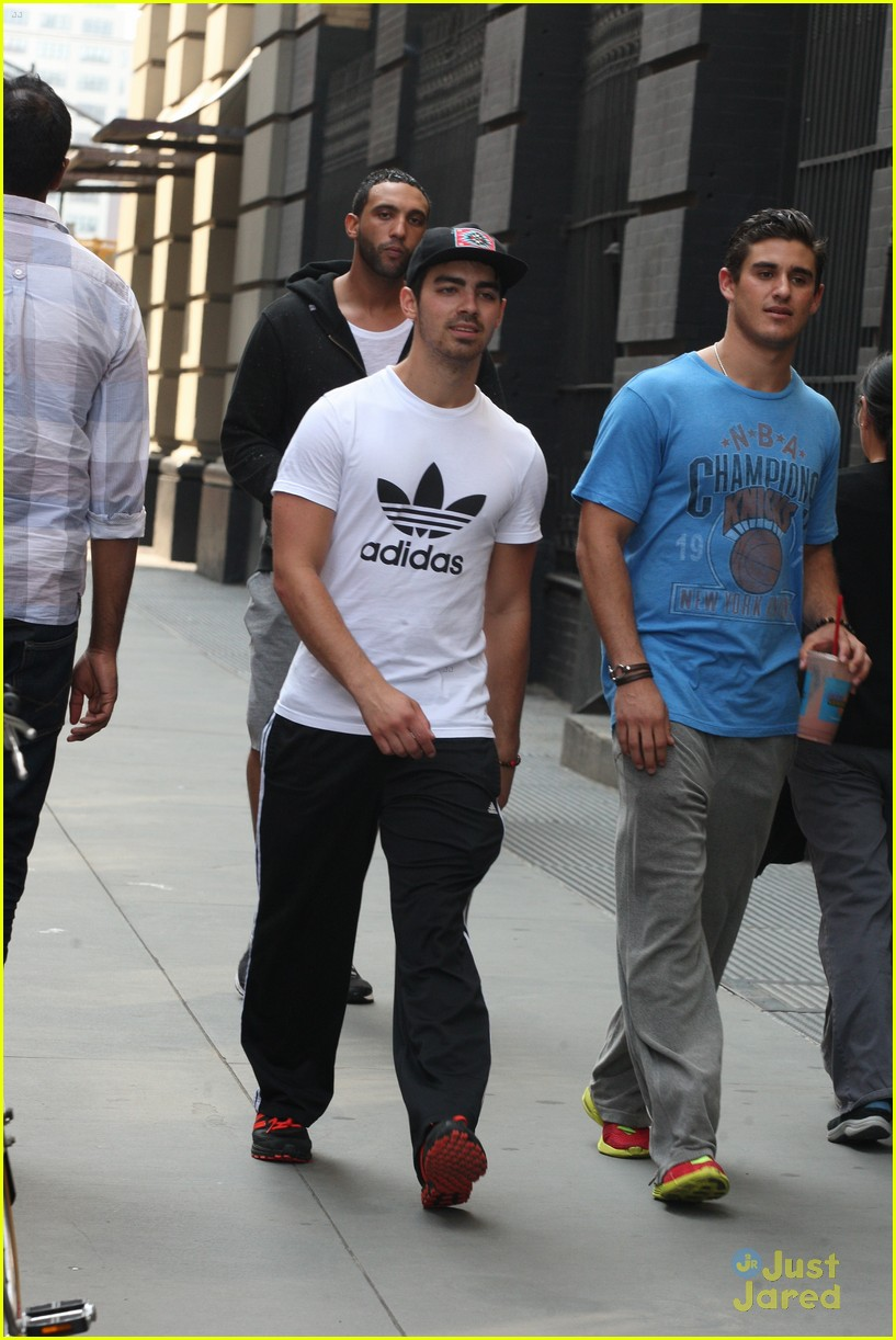 joe jonas choice dating show 08