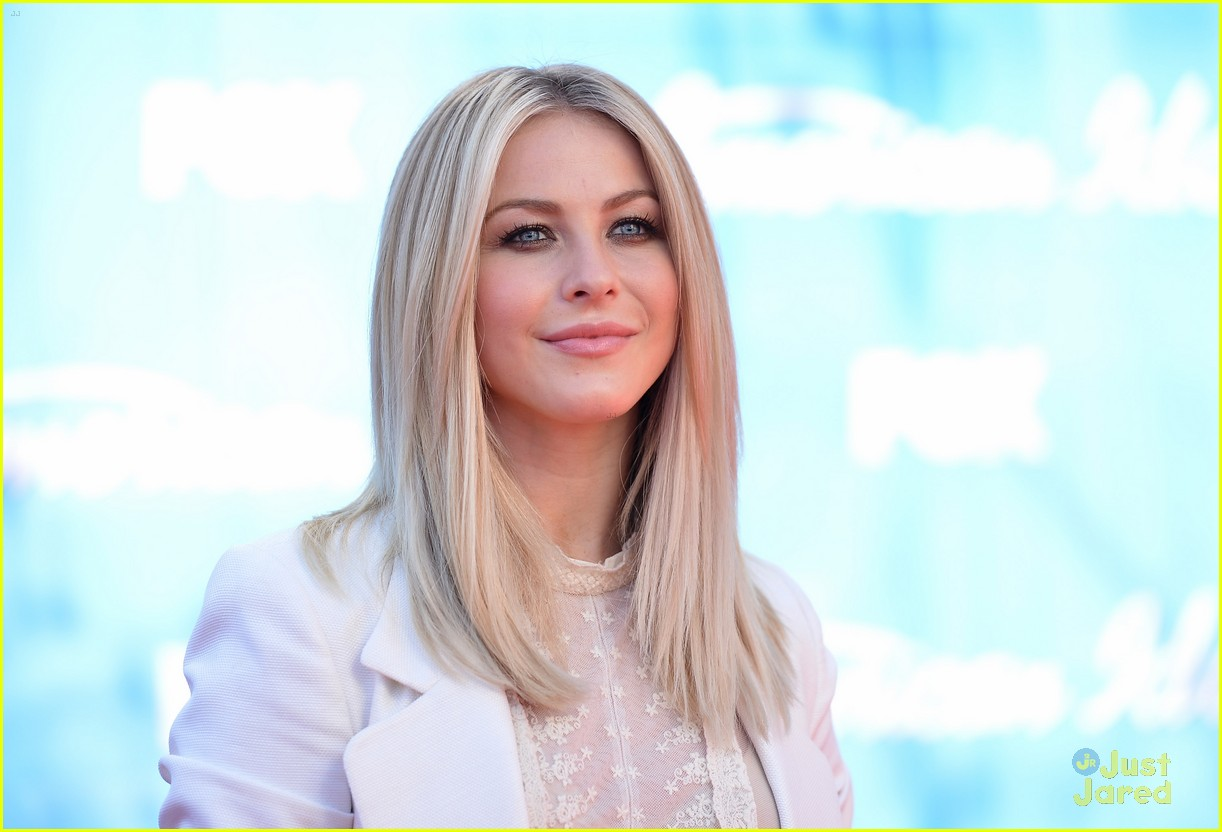 julianne hough idol finale 01