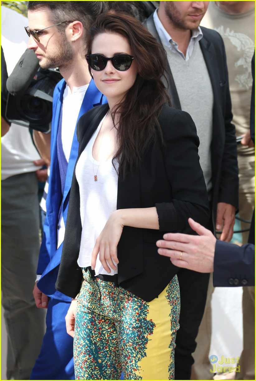 kristen stewart road cannes call 13