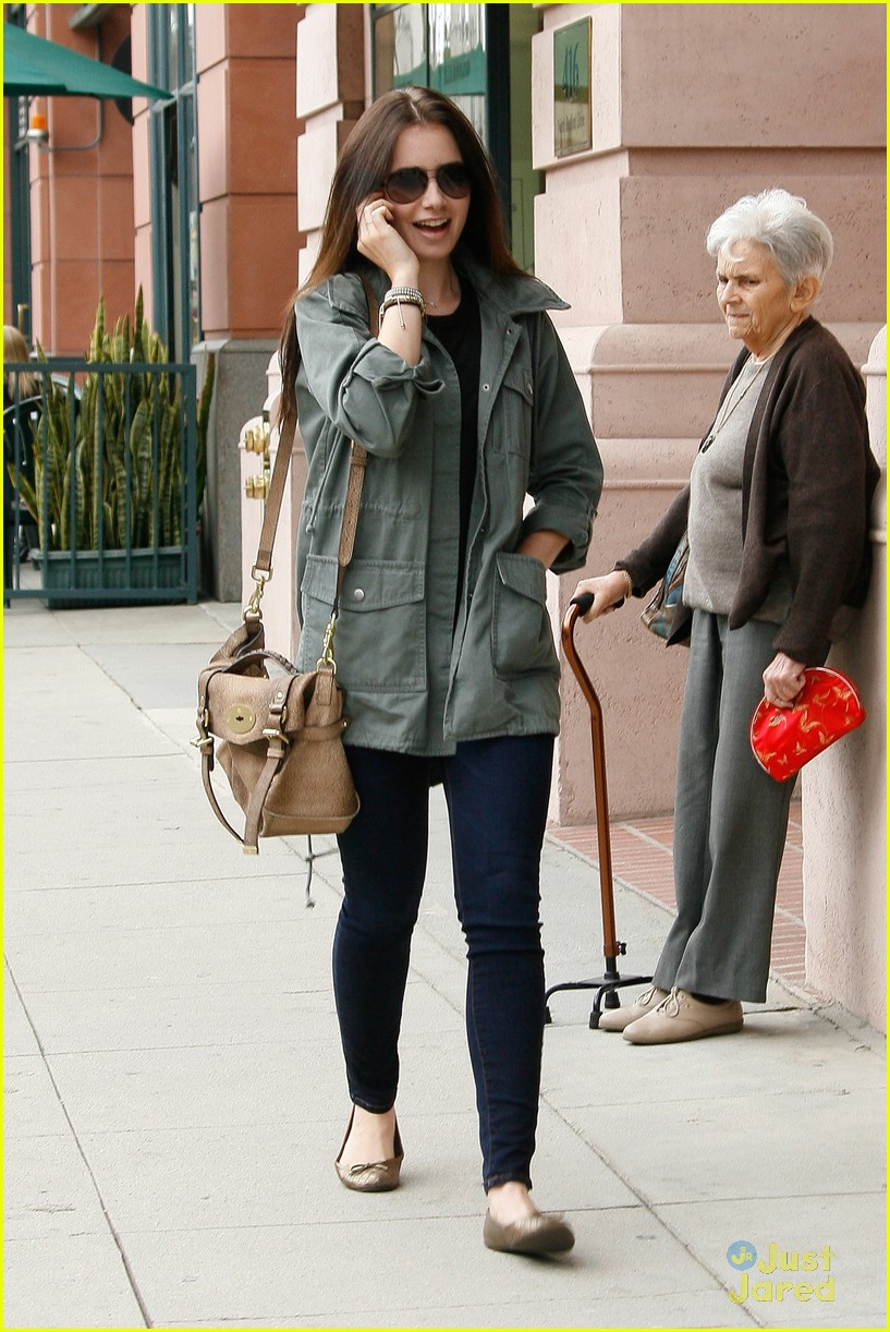 lily collins doc appt 04