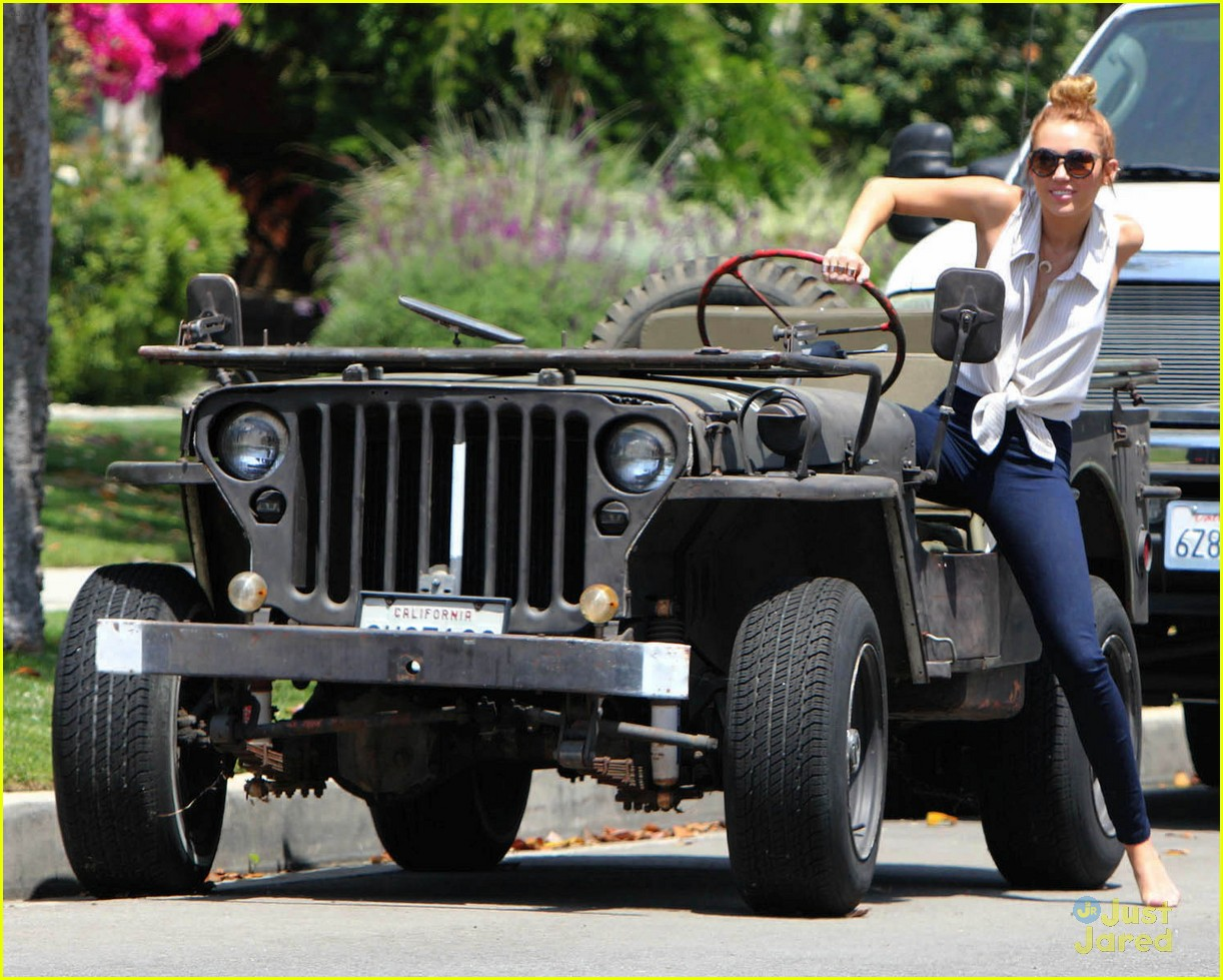 miley cyrus jeep conversation 05