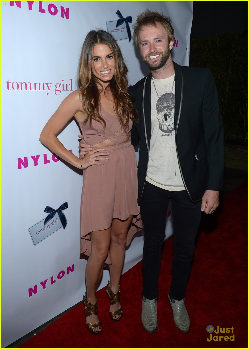 nikki reed alexa vega nylon party 03