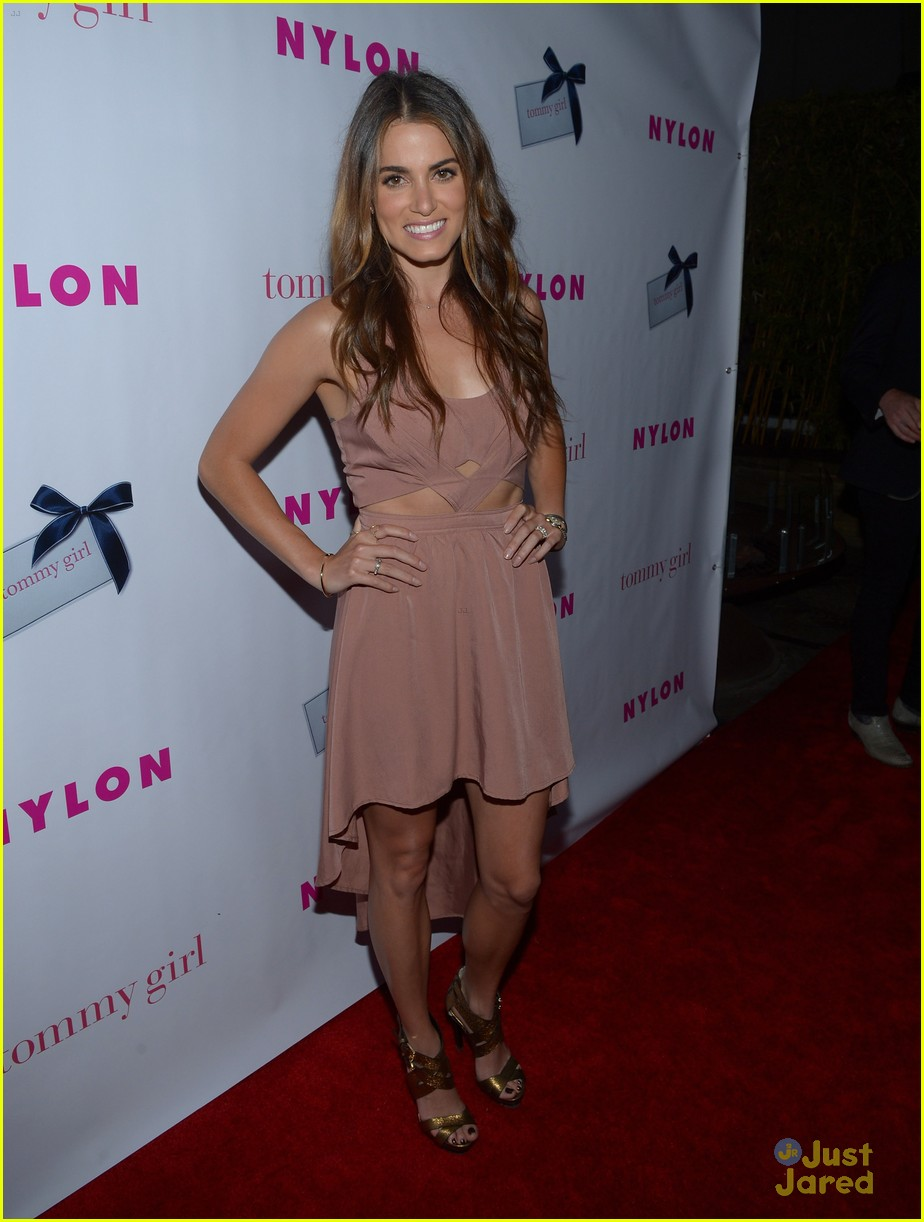 nikki reed alexa vega nylon party 20