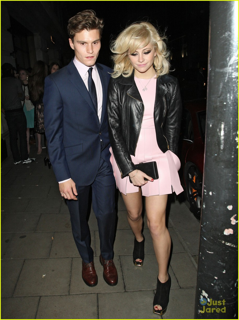 pixie oliver night out novikov 02