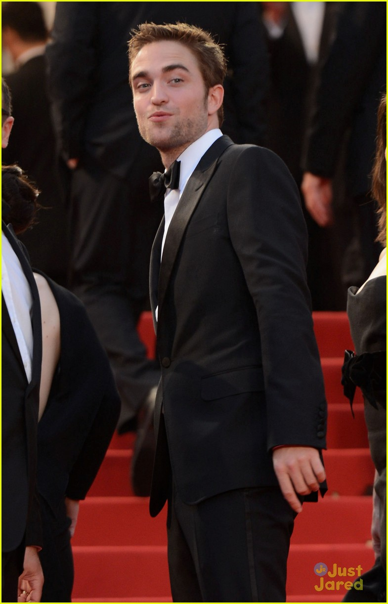 robert pattinson cosmo premiere 08