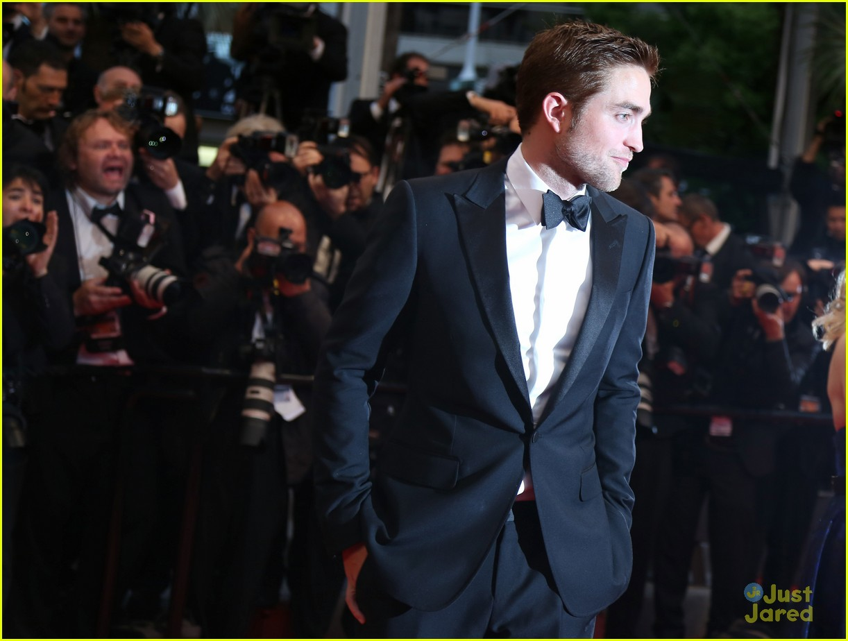 robert pattinson cosmo premiere 10