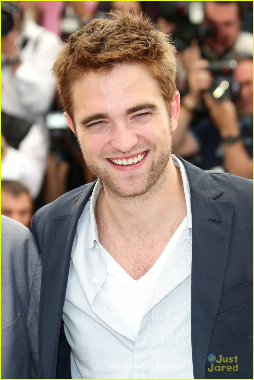 robert pattinson cosmo premiere 11