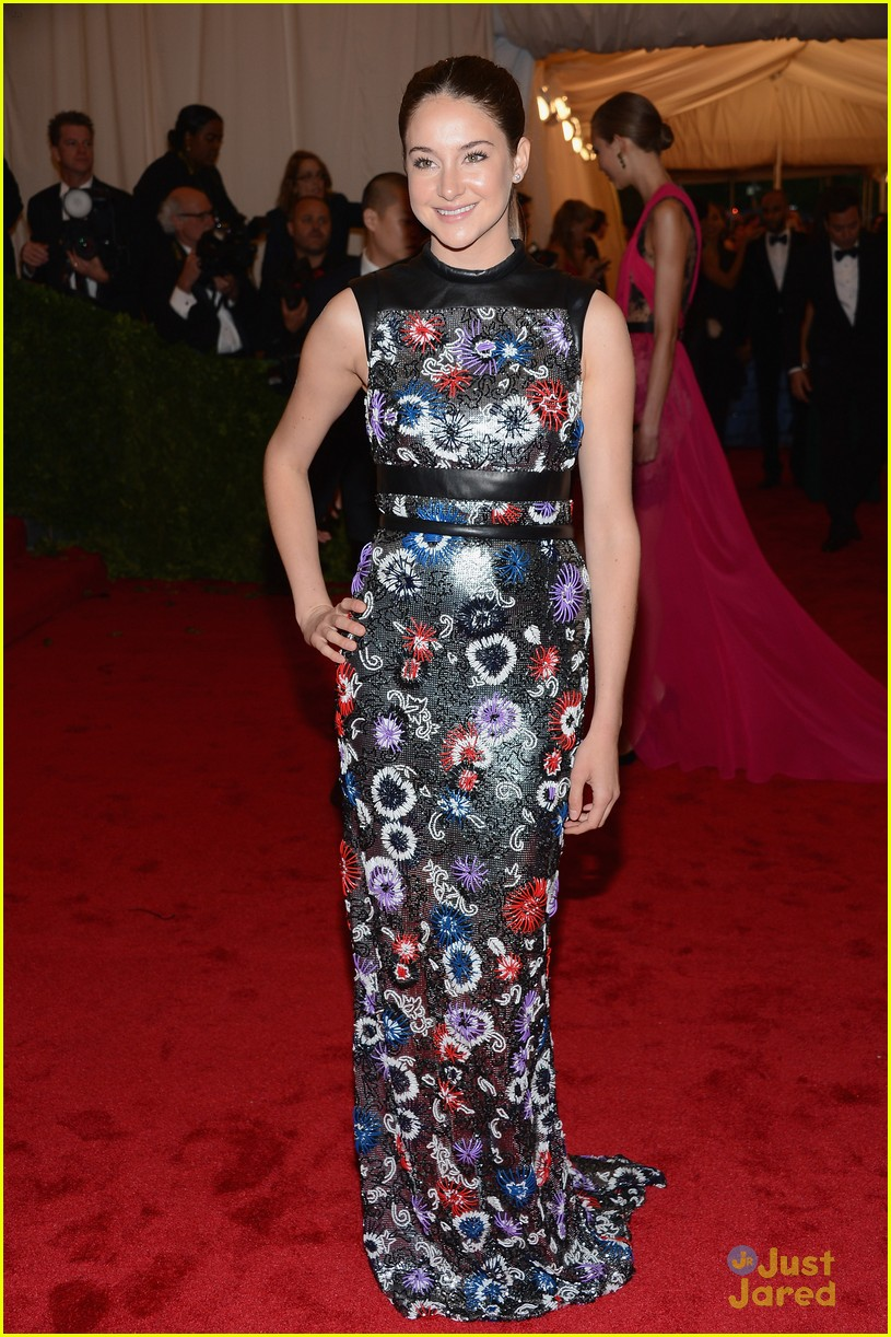 shailene woodley met ball 04