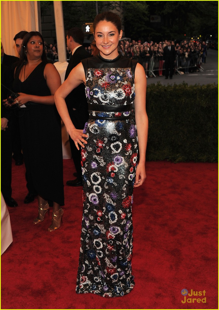 shailene woodley met ball 06