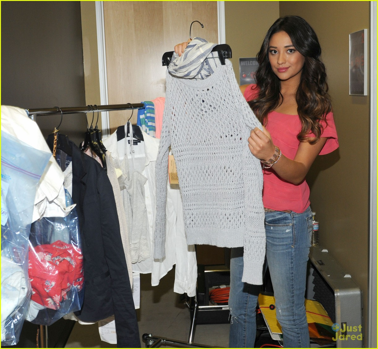 shay mitchell live life ae 07