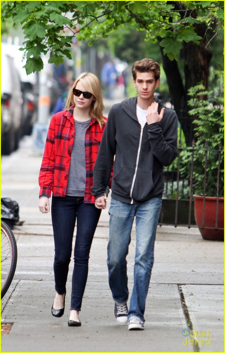 emma stone andrew garfield spiderman stills 01
