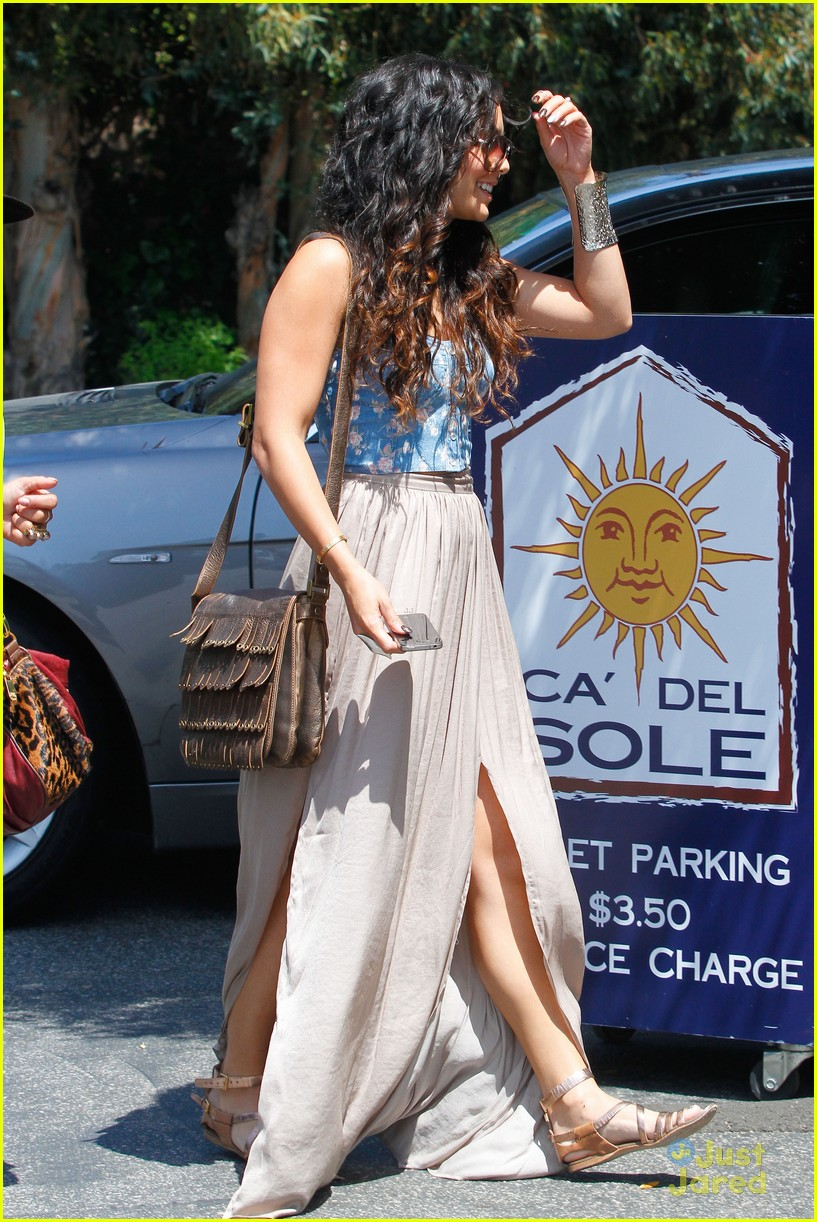 vanessa hudgens tastemaker lockerz 04