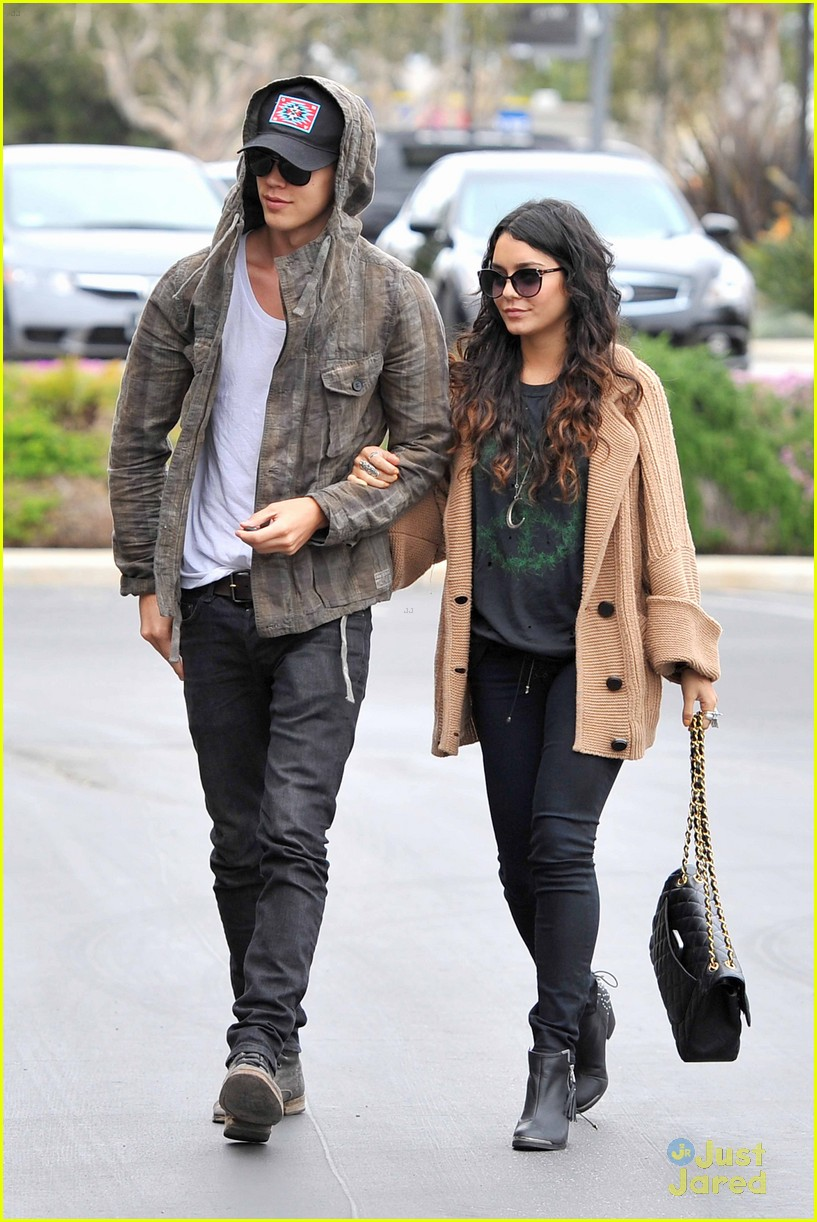 vanessa hudgens austin culver city 03