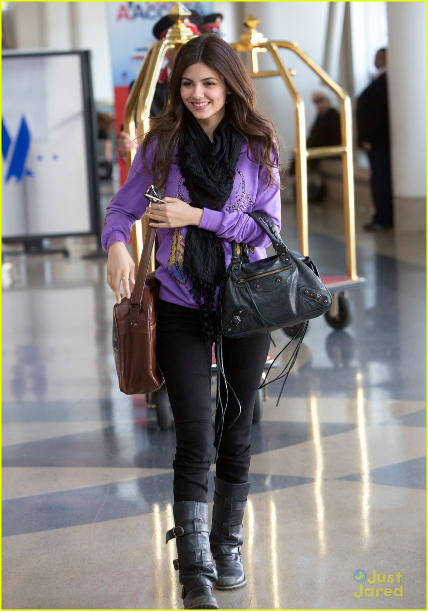 victoria justice allstate act 01